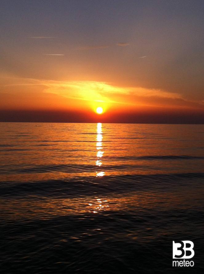 Favoloso Tramonto Sul Mare - Foto Gallery « 3B Meteo KF13