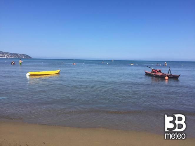 Spiaggia della giannella foto gallery 3b meteo - Bagno nettuno giannella ...
