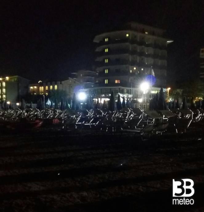 Spiaggia Solitaria Foto Gallery 3b Meteo