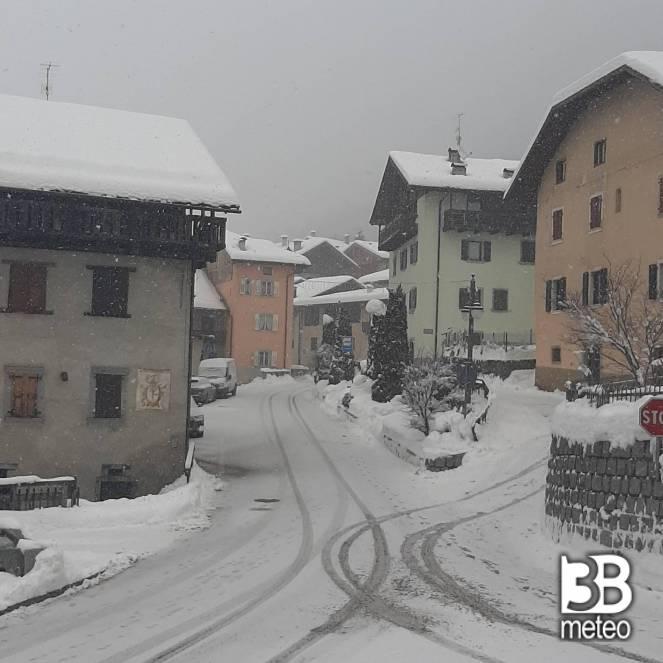 Neve a Bocenago