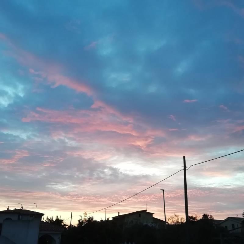 Splendida alba a murta maria olbia sardegna