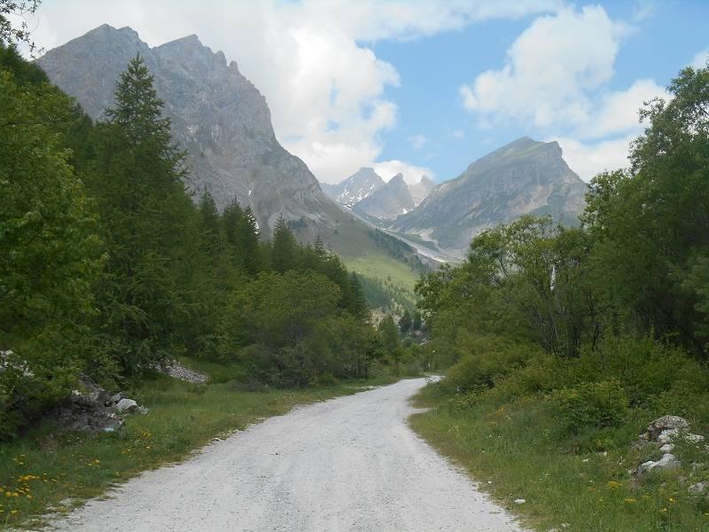 Il vallone che porta alle cascate dello Stroppia