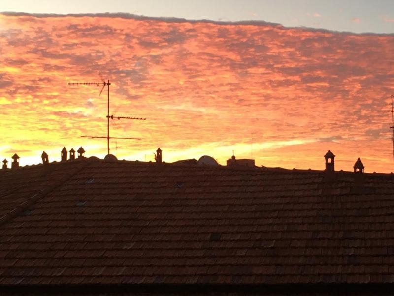 Alba sui tetti di niguarda