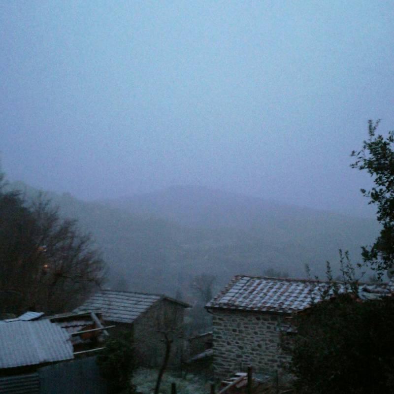 Falciano inizia a nevicare pi forte e imbiancare