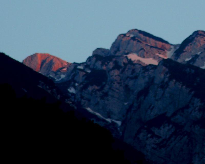 Cima valdritta 2218 m