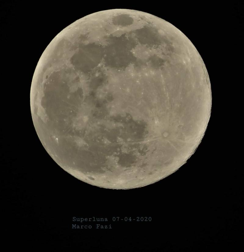 Superluna 07-04-2020