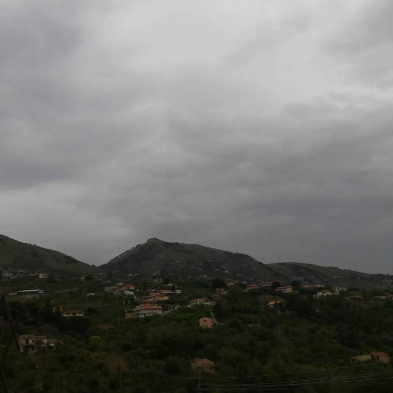 Ore 0724 panoramica del castellaccio