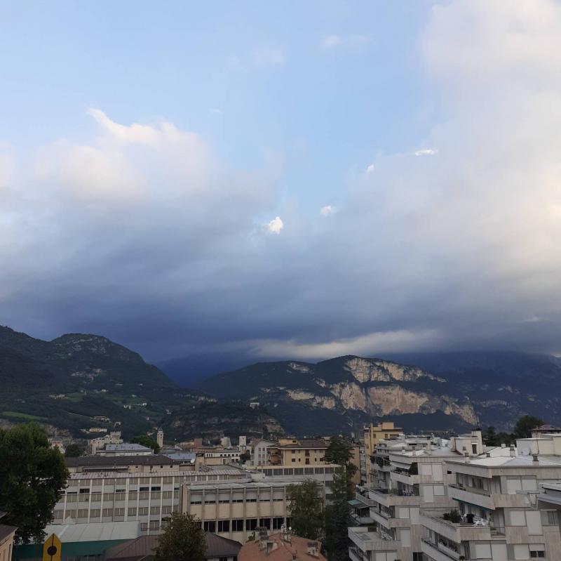 Trento ore 6.35 nuvolo