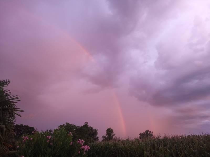 L'arcobaleno passata la pioggia o no