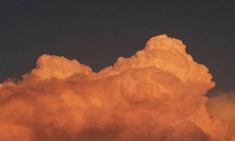 Nuvole di zucchero filato