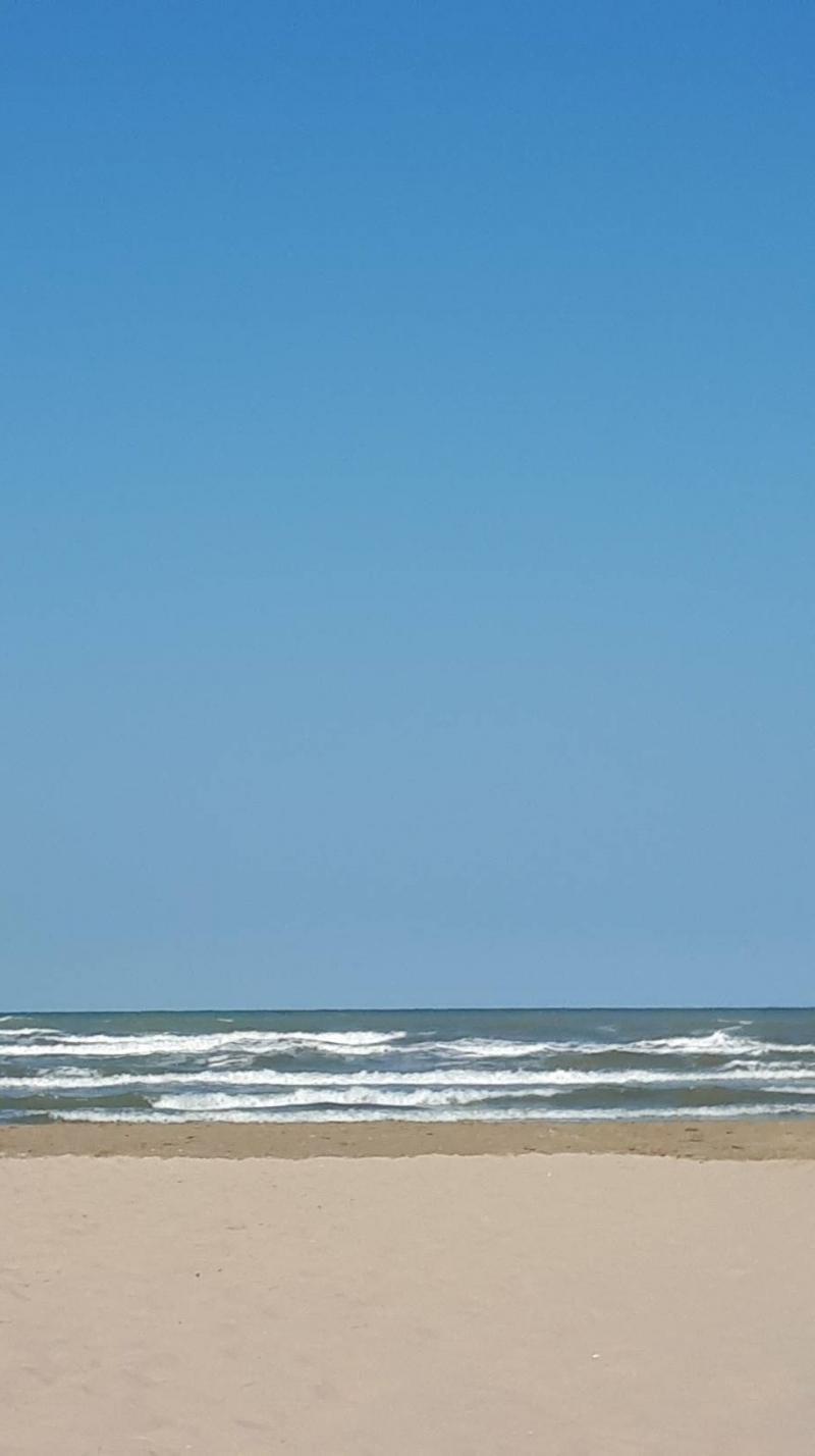Sole vento e mare agitato