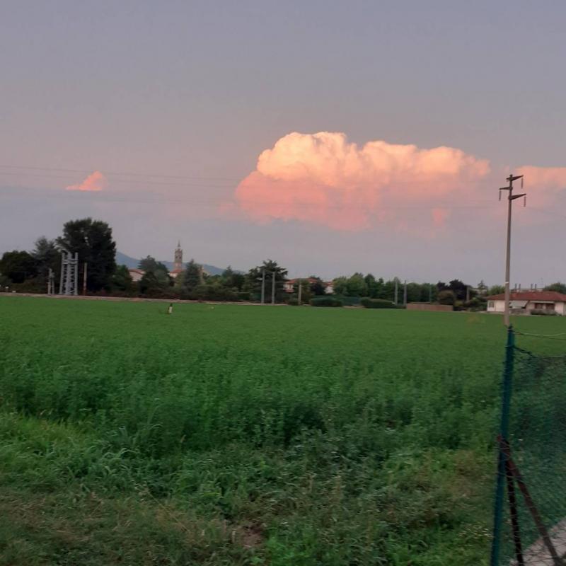 Nuvolone con vista di cividino