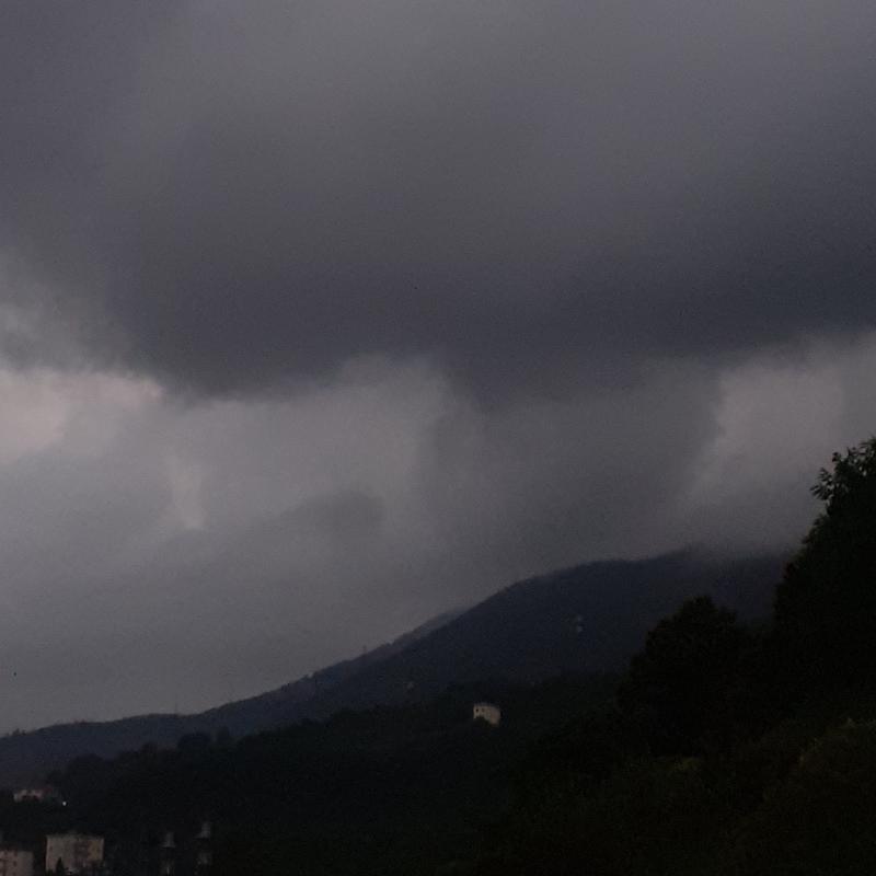 Nuvole cariche d'acqua