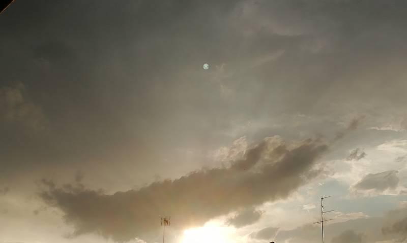 Piccolo sole dopo il forte temporale 28luglio ore 19.39