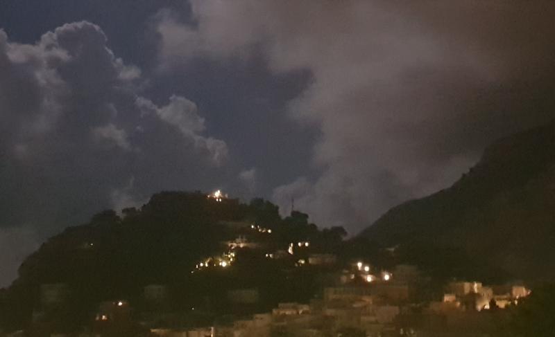 Veduta notturna castiglione