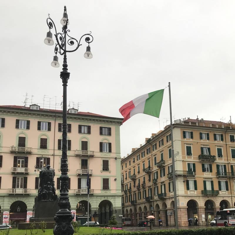 Piazza goffredo mameli by alfaotto