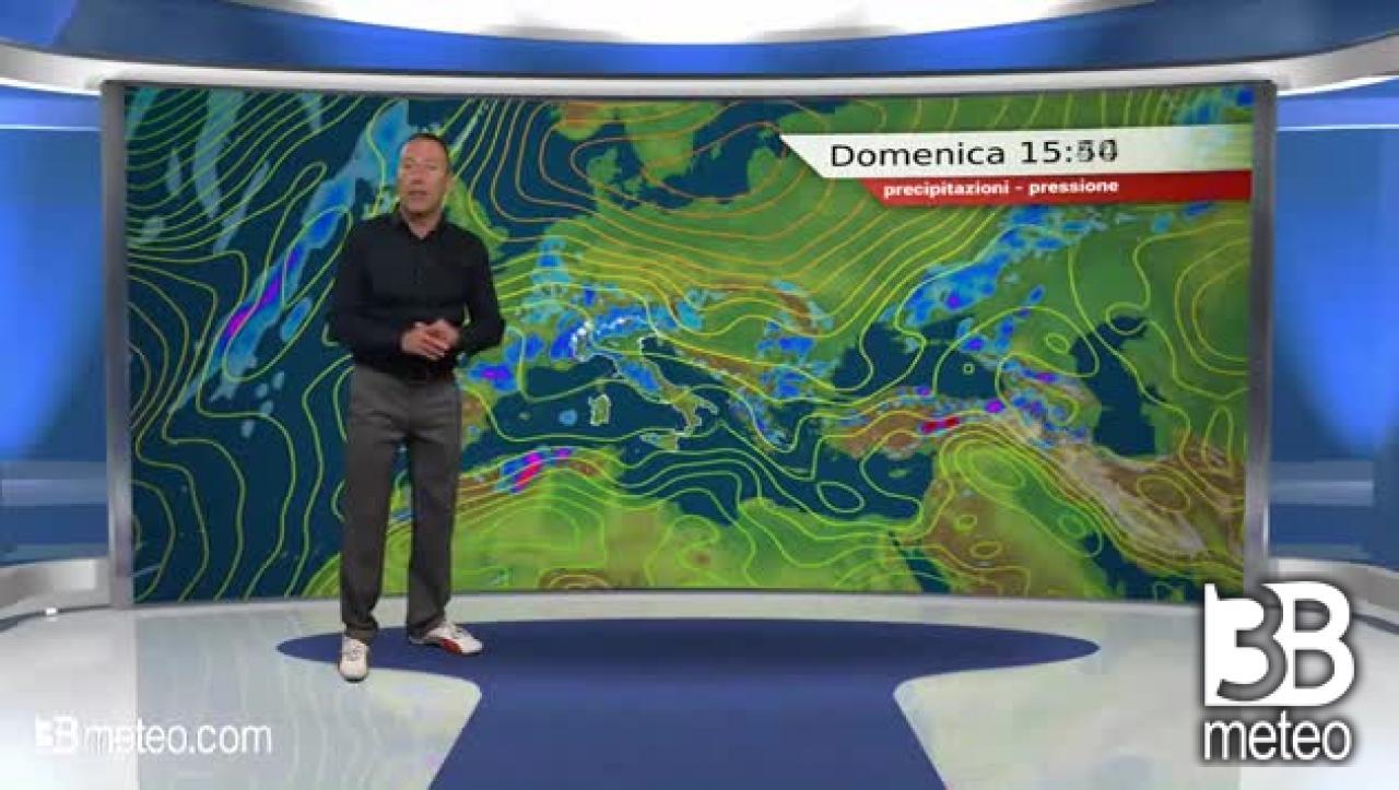 METEO Domenica Italia / Sole prevalente ma primi segnali di un peggioramento