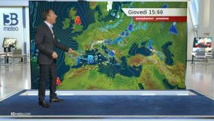 Piogge al Centrosud, Sardegna e sul Nordest; più soleggiato al Nordovest...