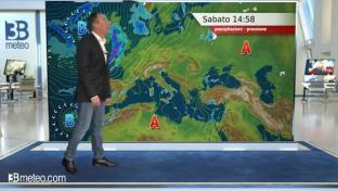 Ancora nubi sparse sull'Italia, qualche piovasco tra Liguria, Toscana e Lazio....
