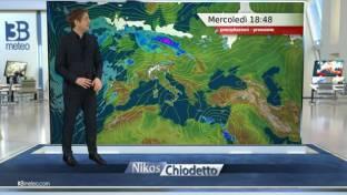 Uggioso al Nord e medio-alta Toscana qualche debole pioggia, stabile altrove...