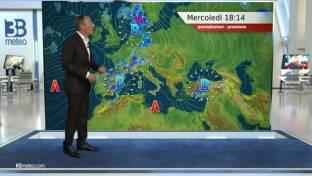 Nubi in aumento al Nord con acquazzoni o temporali su Alpi e Prealpi e Liguria...