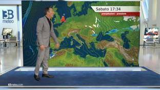Sole prevalente, foschie e nebbie al mattino su Val Padana e centro...