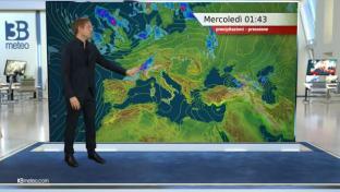 Instabilità con temporali al Nord e parte del Centro, sole e caldo al Sud....