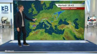 Rovesci o temporali su Alpi, alta Val Padana e Centro Italia, meglio altrove...