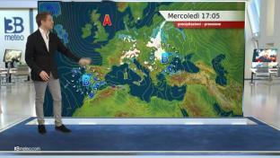Bel tempo prevalente, disturbi al Sud; netto calo termico e tesi venti da Nord...