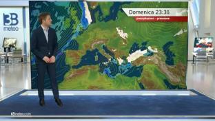 Deboli nevicate fino in pianura al Sud e medio Adriatico; ancora molto freddo...