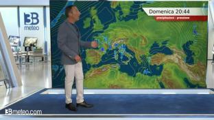 Nubi in generale aumento al Centro-Nord: locali piogge su Alpi e Alta Toscana...