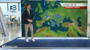 Spiccata instabilità al Sud, Isole e aree centrali tirreniche; migliora al Nord...