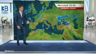 Qualche pioggia su Alpi piemontesi e Isole Maggiori. Stabile e più caldo altrov...