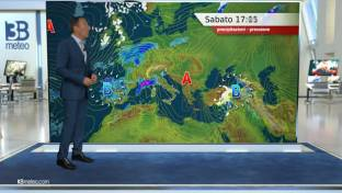 Piogge su Liguria e Toscana, in estensione al resto del Nord, Lazio e Umbria. ...