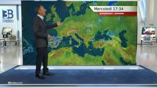 Prevale il sole su gran parte d'Italia, salvo qualche pioggia sull'Adriatico...
