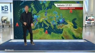 Gran caldo su tutt'Italia, isolati piovaschi su Alpi durante le ore pomeridiane...