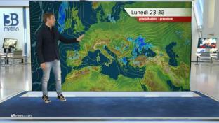 Bel tempo prevalente, locale instabilità diurna su Alpi e Appennino...