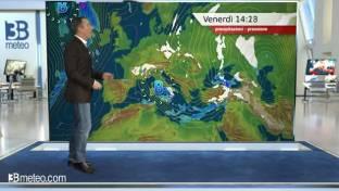 In arrivo aria più fredda da Est; qualche acquazzone solo sulle Isole Maggiori...
