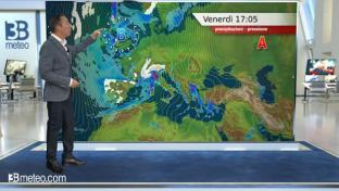 Intenso maltempo al Nord e sul Tirreno: neve fino a bassa quota al Nordovest...