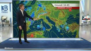 Rovesci su Ovest Alpi; instabilità diurna su interne del Centro-Sud e Sicilia...