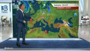 Nuvoloso al Nord e Tirreniche con piogge sparse; più sole al Sud. Clima mite...