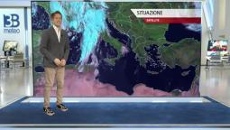 Meteo prossime ore: perturbazione in transito sull'Italia, maltempo al Centronord
