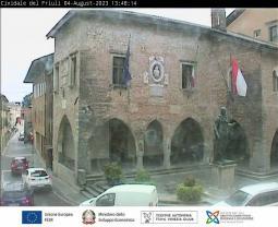 Cividale del Friuli - Piazza del Duomo e Municipio