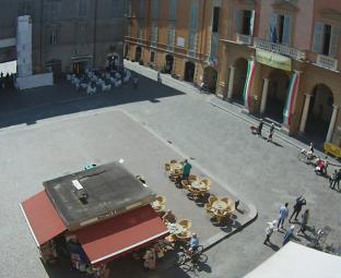 Piazza Camillo Prampolini