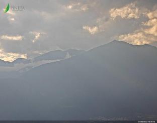 Webcam Val di Non verso il parco naturale Adamello Brenta